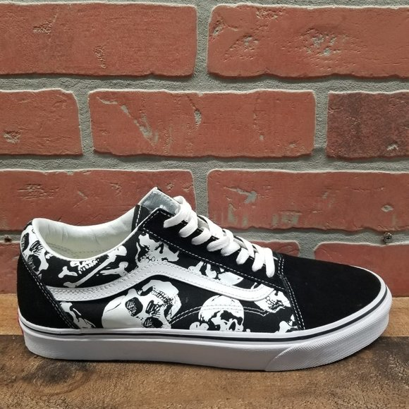 Vans Shoes   Vans Old Skool Skulls